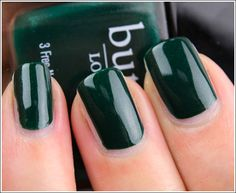 Butter London British Racing Green. Find it at http://www.arglyduckling.com/brand.php?brand_id=2