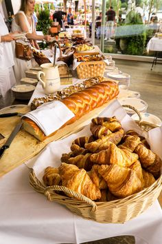 Have a brunch at restaurant L'O at Zurich Lake, Horgen. With a wonderful view. #zurich #zurichfoodadvisor #zurichfood Restaurant, Zurich, Instagram, Food, Diner Restaurant, Essen, Meals, Restaurants, Yemek