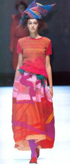 Hiroko Koshino Fall/Winter 2000
