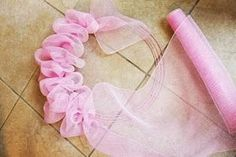 How To Make A Deco Mesh Ruffle Wreath Recently, I saw a deco mesh wreath that had the mesh attached in such a fun and fluffy way that I inspected it to see how it was d. Wreath Crafts, Diy Wreath, Wreath Ideas, Wreath Making, Easter Wreaths, Holiday Wreaths, Spring Wreaths, Summer Wreath, Wreath Fall