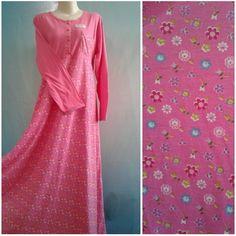 Semakin hari semakin menampakkan keindahannya, Baju Tidur Muslimah Daster Klok, bahan halus lembut, busui, dengan harga termurah hanya di Loobeeshop.