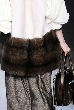 Fendi Fall 2010 Ready-to-Wear Fashion Show Details