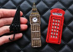 "Repost from @ekaterina_beads_exclusive with @reposap #reposap  Сет брошей ""Лондон"", зонтик, Биг-Бен и телефонная будка #авторскиеукрашения…"