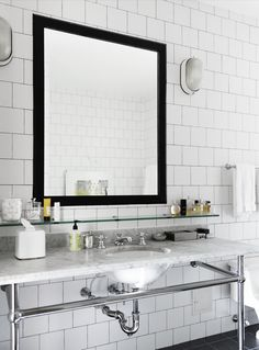 White Bathroom With Black Mirror & Subway decorating interior design design ideas bathroom design Bathroom Inspiration, Interior Inspiration, White Square Tiles, Black Square, White Tiles, White Marble, Marble Top, White Bathroom, Master Bathroom