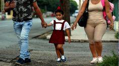 """La psicóloga Annie Acevedo invitó a los padres a reflexionar a partir del texto """"Carta de un niño a los padres del mundo"""" y indicó la importancia de escuchar a los hijos. - Videos"""