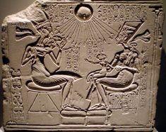 Akhenaten, Nefertiti and three of their Daughters -XVIII dynasty ( Ägyptisches Museum, Berlin)
