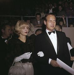 "Paul Newman and Joanne Woodward at ""The Annual Academy Awards"" 1962 © 1978 David Sutton - Image Classic Hollywood, Old Hollywood, Paul Newman Robert Redford, Most Beautiful Man, Beautiful Couple, Paul Newman Joanne Woodward, Hollywood Couples, Classic Movie Posters, Hooray For Hollywood"