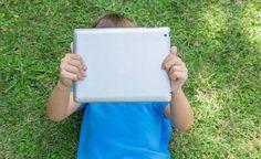 Estudio revela que los iPads son mejores para el aprendizaje de los niños que los libros http://queleer.com.ve/2015/06/17/los-ninos-aprenden-mas-rapido-con-ipads-que-con-libros/