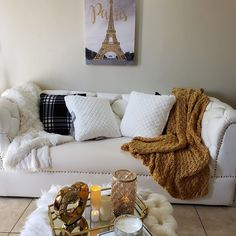 We got options! Shop our throw collection  Cost $8500 (Knitted throw) Size 50x60... #decor #homeaccent #homedecor #homedecorjamaica #knittedblanket #knittedthrow #livedifferent Knitted Blankets, Home Accents, Throw Pillows, Bed, Collection, Shopping, Home Decor, Toss Pillows, Decoration Home
