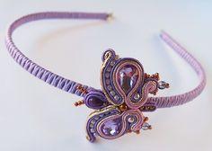 Butterfly - soutache headband Butterfly Hair, Soutache Jewelry, Shibori, Wands, Recycling, Hair Accessories, Brooch, Earrings, Diy