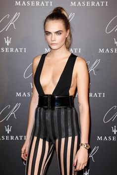"""stylebythemodels: """" Cara Delevingne in Balmain at the CR Fashion Book Issue 5 . stylebythemodels: """" Cara Delevingne in Balmain at the CR Fashion Book Issue 5 Launch Party in Paris. Cara Delevingne, Beautiful Models, Beautiful Celebrities, Gorgeous Women, Sexy Outfits, Hollywood Celebrities, Hollywood Actresses, Fashion Books, Sexy Hot Girls"""