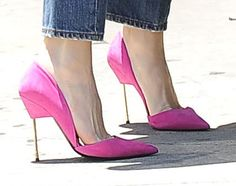 Gwen Stefani wearing bright pink Kurt Geiger pumps for a visit to an acupuncture clinic in Los Angeles on June 4, 2014
