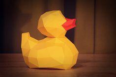 Отправляю в свободное плавание уточку. <br>За основу взял знакомую всем резиновую уточку. Получилось мило :) <br>Сделал два варианта развертки: одноцветную и под желто-красную бумагу. Размер около 15см в высоту. <br>Те, кто успел ее сделать очень довольны! Теперь ваша очередь :) <br> <br>#kubokot..