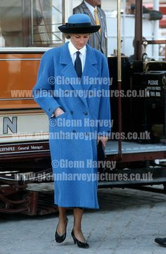 HRH Diana, Princess of Wales photographed by award winning photographer Glenn Harvey. Prints and more for sale from our extensive Royal and celebrity photo library. HRH Princess Diana visits Glasgow Garden Festival, Scotland May 1988