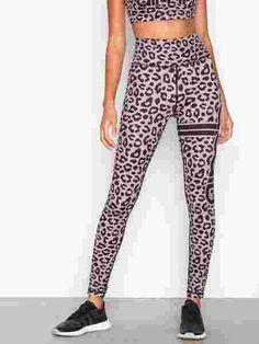 Cheetah Tights - Aim'n - Black - Tights & Bukser - Sportsklær - Kvinne - Nelly.com Cheetah, Black Tights, Pants, Products, Fashion, Cheetah Animal, Black Socks, Trouser Pants, Moda