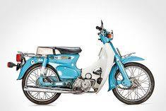 L'histoire du Honda Cub Ducati 1100, Moto Ducati, Ducati Cafe Racer, Honda Cub, C90 Honda, Motos Honda, Honda Scooters, Honda Bikes, Motor Scooters