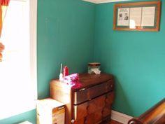 "Paint Color: Benjamin Moore ""Aruba Blue"""