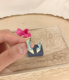 Gorgeous handmade miniature polymer clay shoes from YinyingO on Etsy. 1/12 dollhouse scale