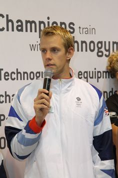 Ross Davenport, Olympic Swimmer at LIW 2012.