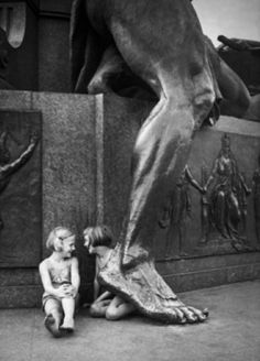 Two Girls, Bismarck Memorial Berlin 1930