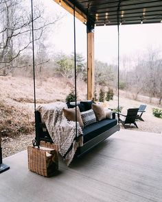 container house Nestled on 13 acres of woods this adorable shipping container Airbnb is inspiring. Dubbed, The Lilypad, and located a couple miles from the entrance of Old Mans Cave in Container House Plans, Container House Design, Tiny House Design, Tiny House Cabin, Tiny House Living, Tiny House Plans, Tiny Houses, Casas Containers, Cabin In The Woods
