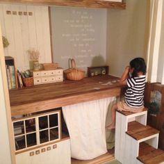 kaoriさんの、部屋全体,ナチュラル,和室,DIY,キッズスペース,押入れ改造,踏み台DIY,本日2回目の投稿☆,カンナさん。,のお部屋写真