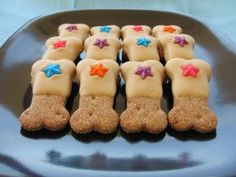 homemade peanut butter dog treats recipe. I think Pete and Ella would love these, going to try making them:-)