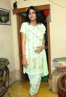 Happy Woman Day, Happy Women, I Love Mommy, Indian Crossdresser, Third Gender, Half Saree, Every Woman, Ladies Day, Crossdressers