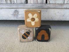 Scrap Wood Crafts, Wood Block Crafts, Scrap Wood Projects, Wooden Crafts, Primitive Wood Crafts, Wood Crafts Summer, Spring Crafts, Acorn Crafts, Bee Crafts