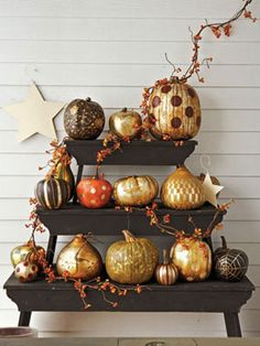 pumpkin decorating, I would have never thought of the gold, so cute