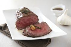 Recette de Rôti de boeuf frotté à l'ail et fleur de thym, La recette traditionnelle de la cuisson du rôti de boeuf au four.