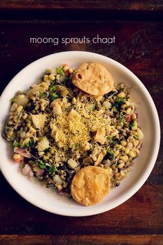 moong sprouts chaat recipe - quick and easy chaat made with moong sprouts. combining moong sprouts with indian spices and herbs, chutneys makes for an excellent chaat snack. the recipe is simple and even without the Sprout Recipes, Veggie Recipes, Salad Recipes, Vegetarian Recipes, Cooking Recipes, Snacks Recipes, North Indian Recipes, Indian Food Recipes, Indian Snacks