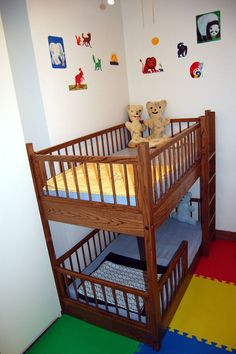 Small Bunkbeds bunk crib/toddler bed in a small space with option to convert into
