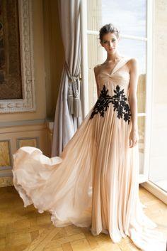Zuhair-Murad-feminine-gown.jpg (550×824)