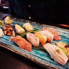 Fresh assorted sushi  @edosei64barrack // everything looks so beautiful almost too good to be eaten