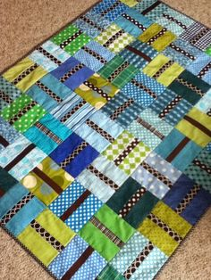 Man Quilt, Boy Quilts, Scrappy Quilts, Quilted Baby Blanket, Patchwork Baby, Quilting Projects, Sewing Projects, Quilting Ideas, Log Cabin Quilt Pattern