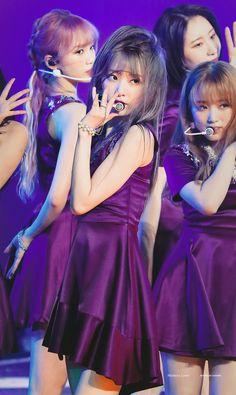"Mystery Lover on Twitter: ""190609 EYES ON ME Day3. Miyawaki Boss. #宮脇咲良 #미야와키사쿠라 #MiyawakiSakura #IZONE #아이즈원 #アイズワン #HKT48… "" Sakura Miyawaki, Fandom, Kagoshima, Japanese Girl Group, Kim Min, Girl Bands, Korean Celebrities, Miyazaki, Female Singers"