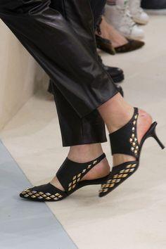 Louis Vuitton Clp Tris at Paris Fall 2015