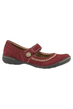 FLASH SALE!Hush Puppies Gyneth Shoes In Dark Red Suede - $39.99 was 60 dollars off! http://www.beyondtherack.com/member/invite/B4736765
