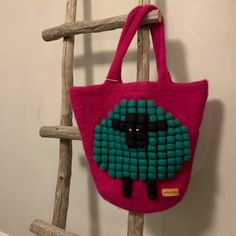 Tovet veske med sau strikket i Drops Eskimo Needles Sizes, Ravelry, Straw Bag, Wool, Stitch, Knitting, Pattern, Crafts, Design
