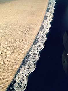 Mikaela Rae: How To Make A Burlap & Lace Table Runner