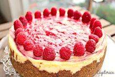 Cheesecake cu Zmeura Cheesecake, Desserts, Food, Sweet Treats, Cheesecake Cake, Tailgate Desserts, Deserts, Cheesecakes, Essen