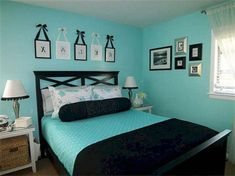 Perfect Bedroom Paint Colors Ideas To Make Your Sleep More Comfort 46 Perfect Bedroom Paint Colors Ideas To Make Your Sleep More Comfort 46 Silver Bedroom, Bedroom Turquoise, Blue Bedroom, Dream Bedroom, Master Bedroom, Blue Room Decor, Blue Rooms, Bedroom Paint Colors, Bedroom Color Schemes