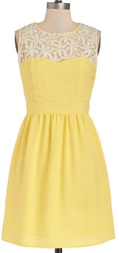 Darling yellow dress with floral lace neckline http://rstyle.me/n/ez97vnyg6