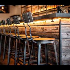 Meet Manhattan House, the South Bay's Newest Neighborhood Restaurant The nice bar back and bar stools are really shown off by this innovative lighting installation Restaurant Design, Decoration Restaurant, Deco Restaurant, Restaurant Lighting, Bar Lighting, Modern Restaurant, Lighting Ideas, Hidden Lighting, Restaurant Interiors