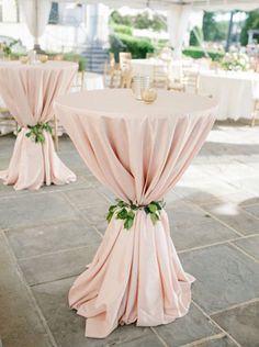 flowers to hold tablecloth