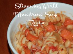 This is a Slimming World Minestrone Soup Recipe that is tasty, filling and super simple to make! Perfect for all the family. Slimming World Minestrone Soup, Ham Pasta, Soup Starter, Slimming World Recipes Syn Free, Brownie Recipes, Soup Recipes, Recipies, Food To Make, Super Simple