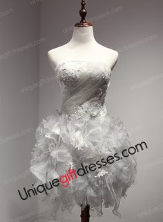 Ball Gown Homecoming Dress Strapless Short Mini Organza Party Dress With Lace Applqiues