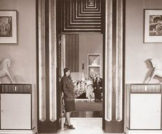 The Single Standard The 1932 film, starring Greta Garbo, was designed by art director Cedric Gibbons, who set the tone for Moderne-era movies. Art Deco Decor, Art Deco Stil, Art Deco Home, Art Deco Era, Art Deco Design, Decoration, Set Design, Movement Architecture, Architecture Design