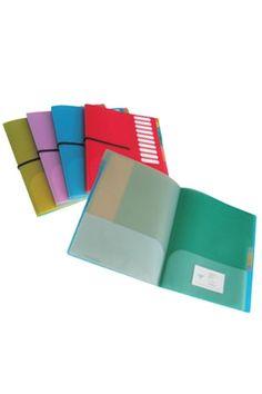 Classeurs pour 10 matières. Disponibles en plusieurs couleurs à la Librairie.